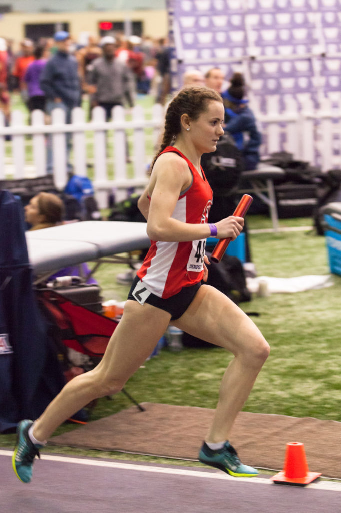 Anastasia Honea finishes the forth leg of the women's DMR.